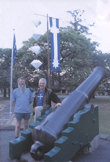 Cannon, Cr Stephen Jones and Graeme Dunstan at the Eureka Memorial  3 December 2003