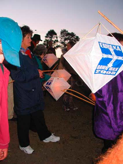 Lantern Carriers, Sunday 7 December 2003