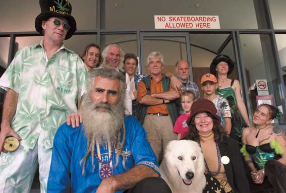 Rusty Harris and Gitte with supporters outside Byron courthouse 10 July 2004
